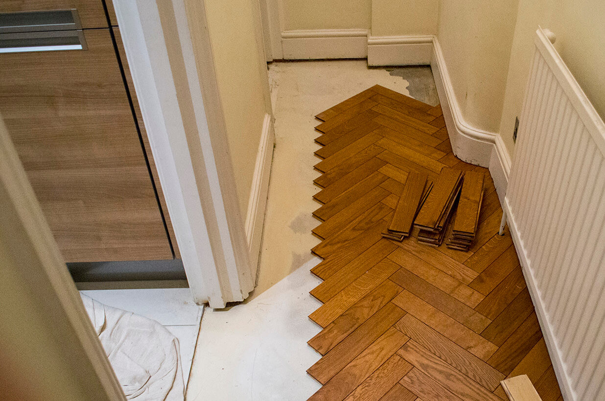 3 Oak News Installation Of Parquet Oak Flooring In