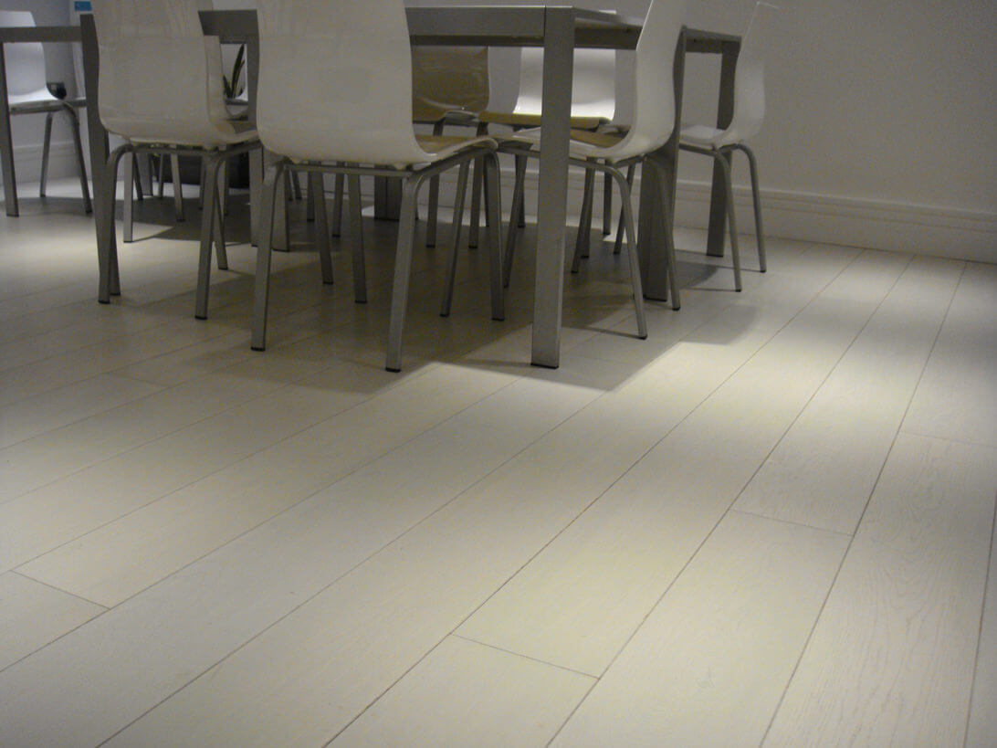 White wood flooring camden town nw1 3 oak for Camden flooring