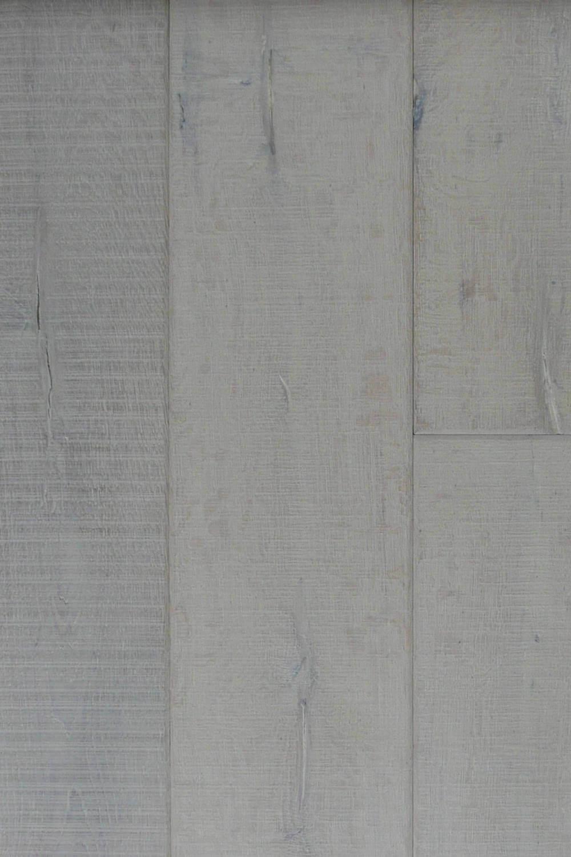 Bleached White Rough Sawn- Vert