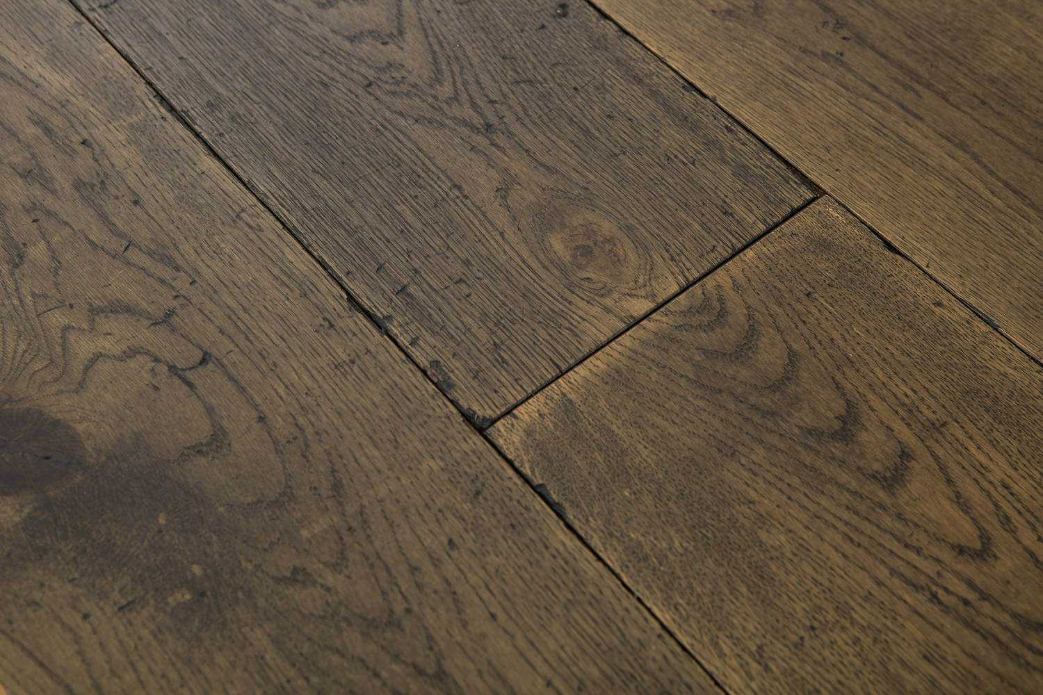 3 Oak Floor Product Distressed Burnt Earth
