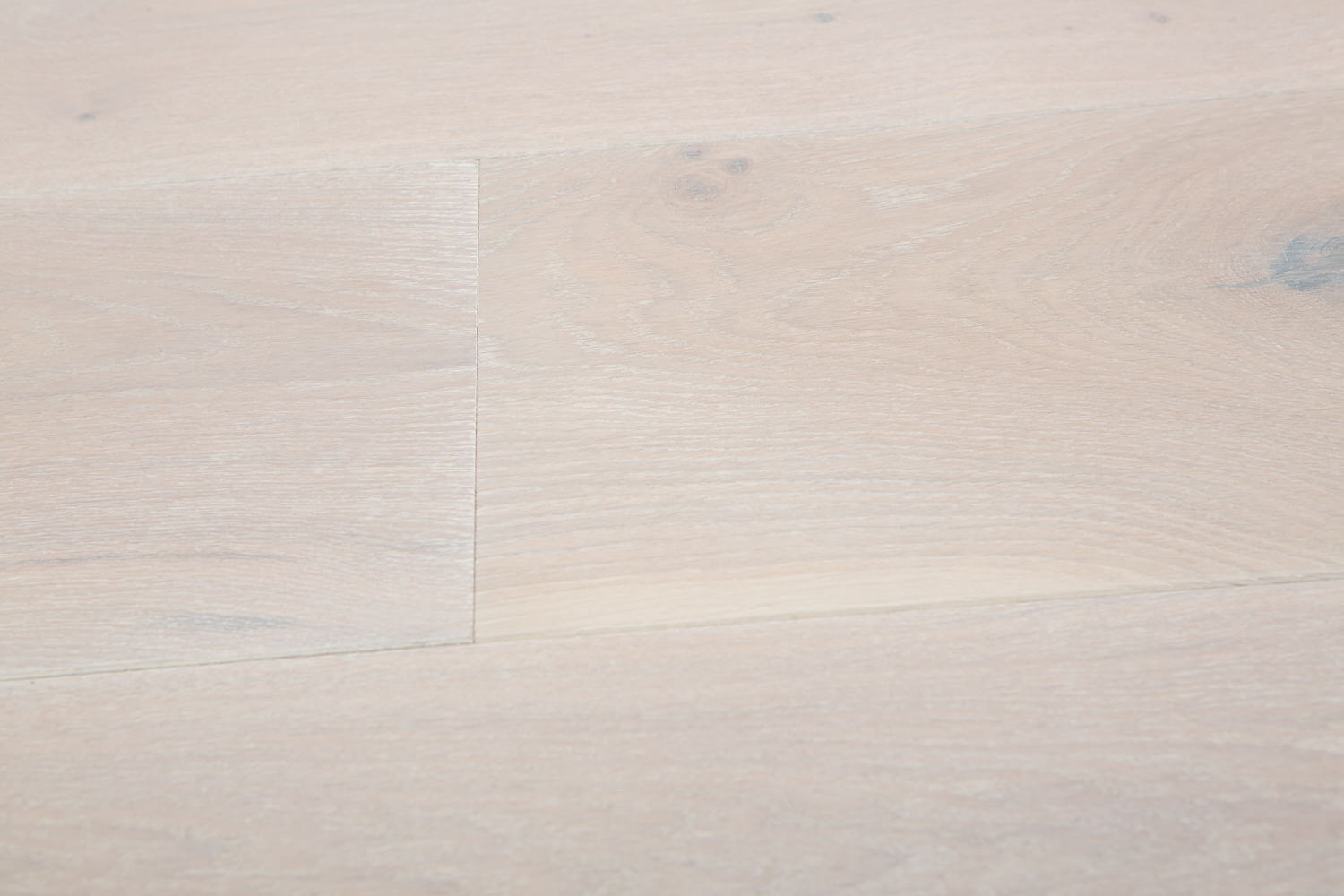 3 Oak Floor Product White Washed