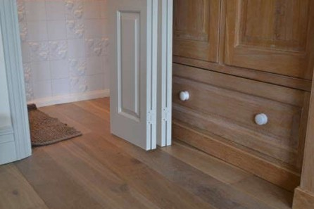 Fumed Oak Flooring at Elers Road, Northfields